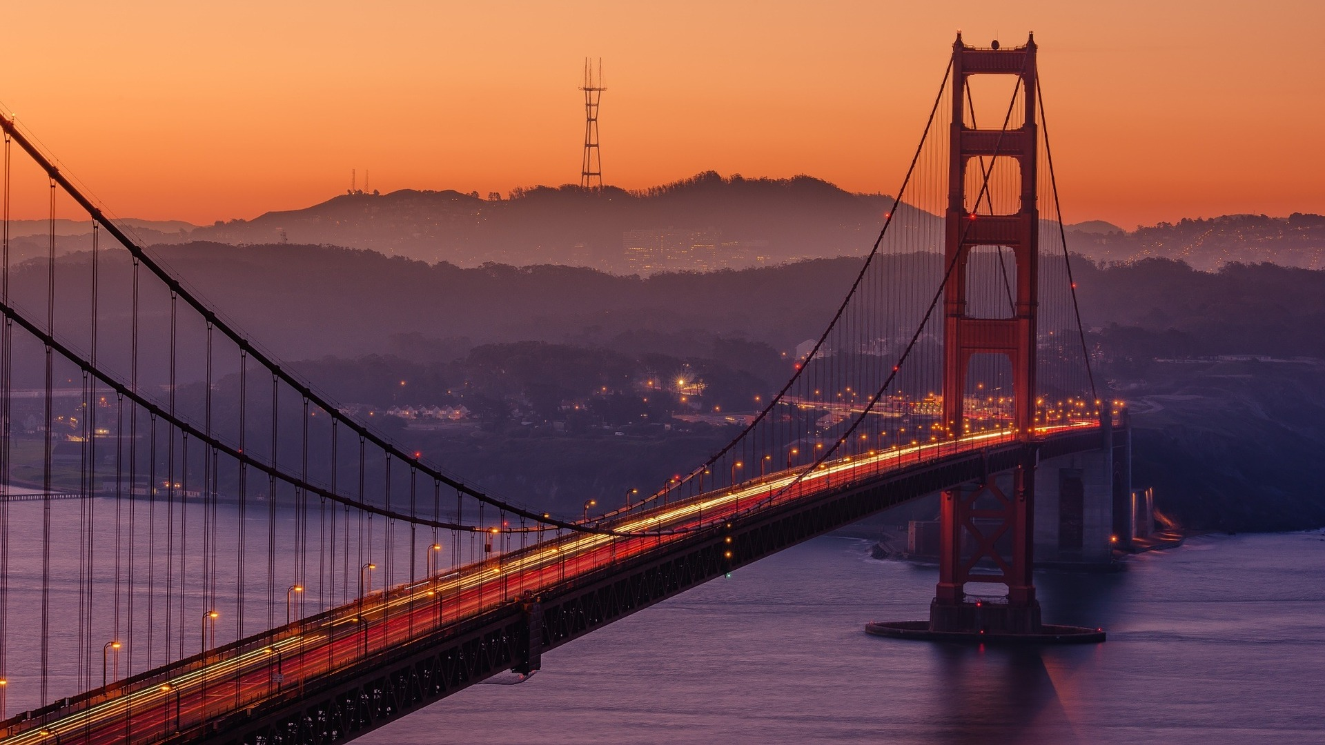 the San Francisco Golden Gate Bridge at sunset