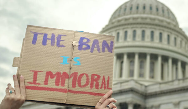 Cover photo:The Ban is Immoralby ep_jhu viaFlickr Creative Commons(CC BY-NC 2.0)
